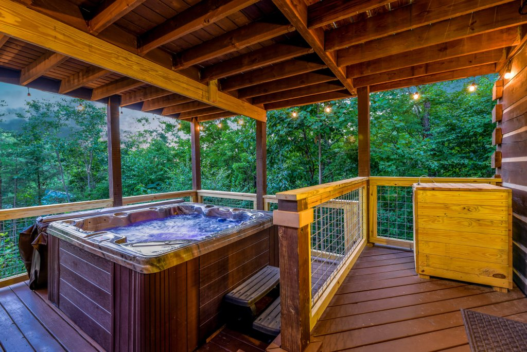 Photo of a Gatlinburg Cabin named Big Sky View - This is the thirty-second photo in the set.