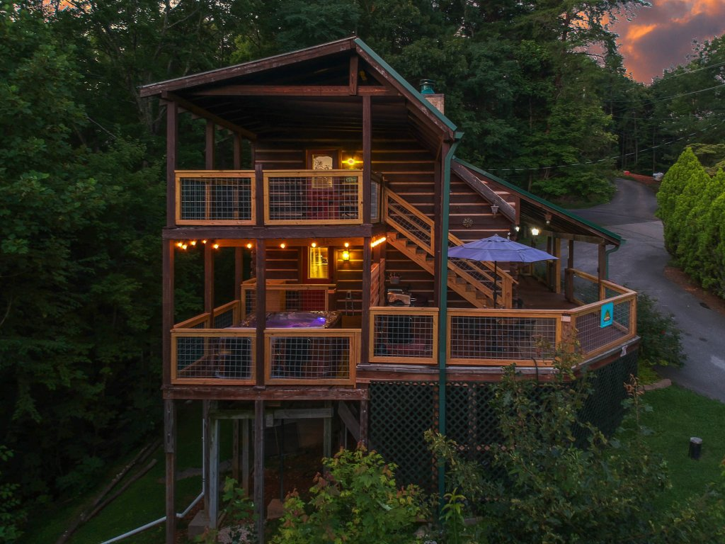 Photo of a Gatlinburg Cabin named Big Sky View - This is the thirty-fourth photo in the set.