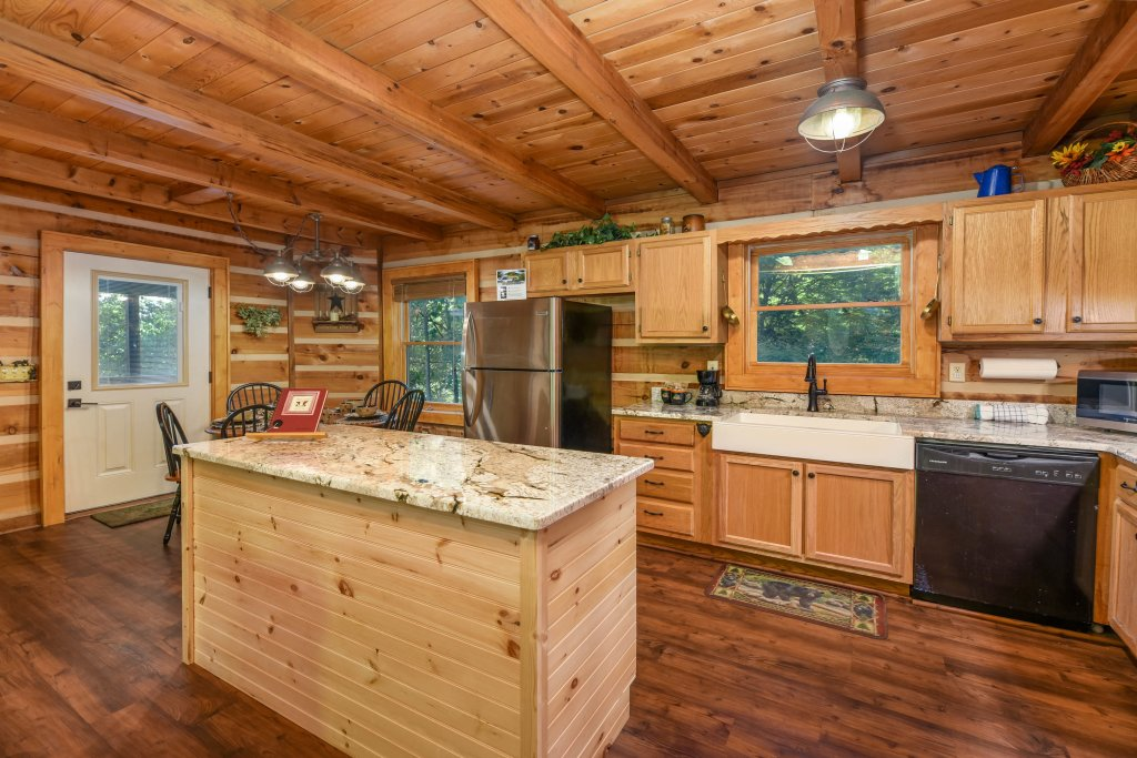Photo of a Gatlinburg Cabin named Big Sky View - This is the twenty-fourth photo in the set.