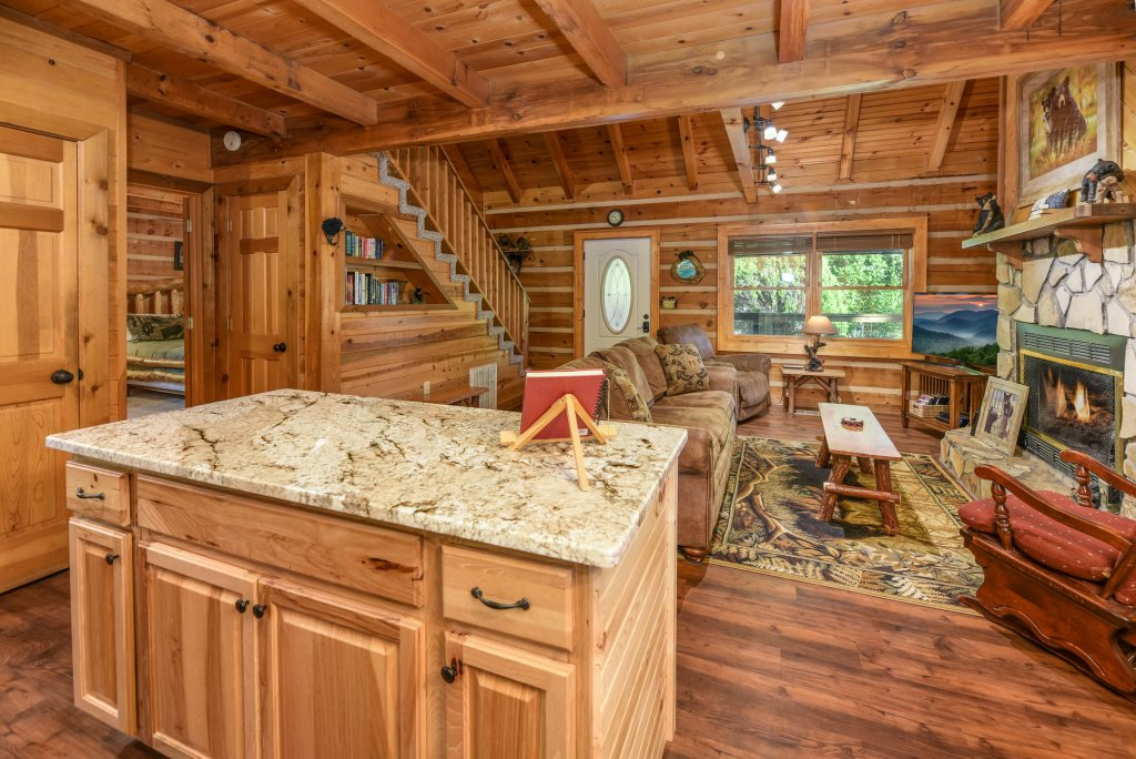 Photo of a Gatlinburg Cabin named Big Sky View - This is the twenty-fifth photo in the set.
