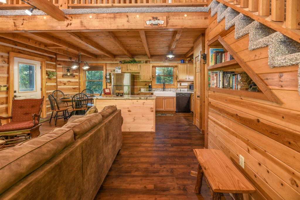Photo of a Gatlinburg Cabin named Big Sky View - This is the fifty-fifth photo in the set.