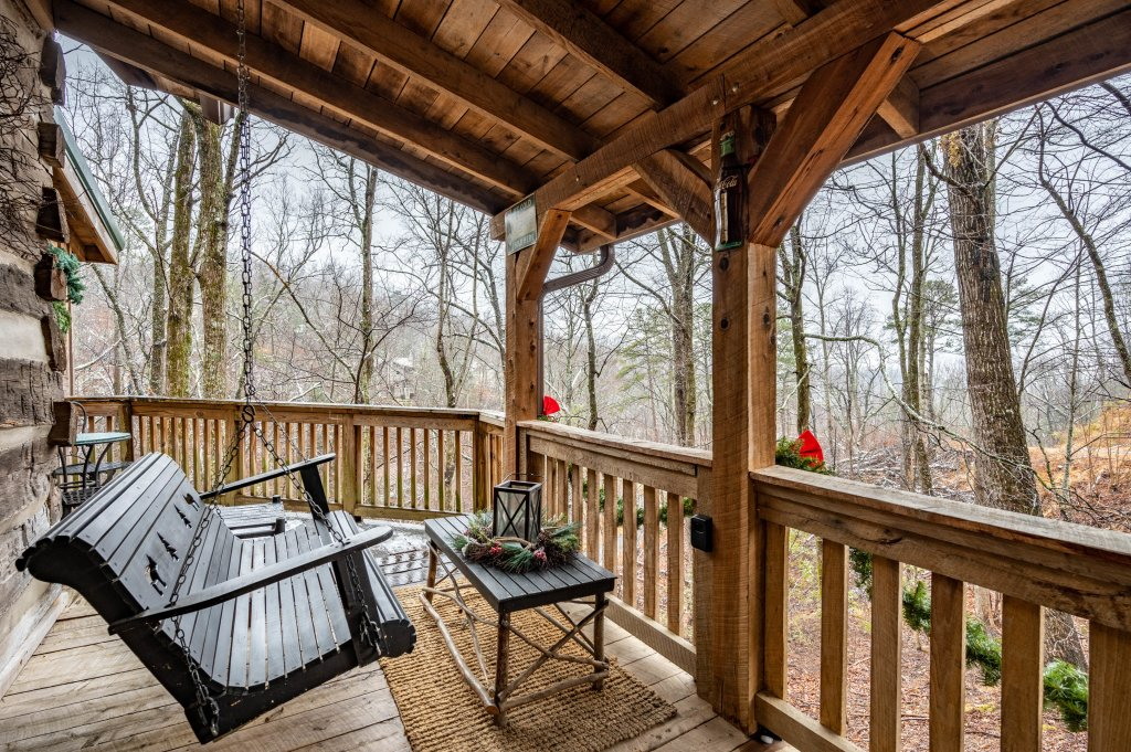Photo of a Gatlinburg Cabin named Blessed Beyond Measure - This is the fifteenth photo in the set.