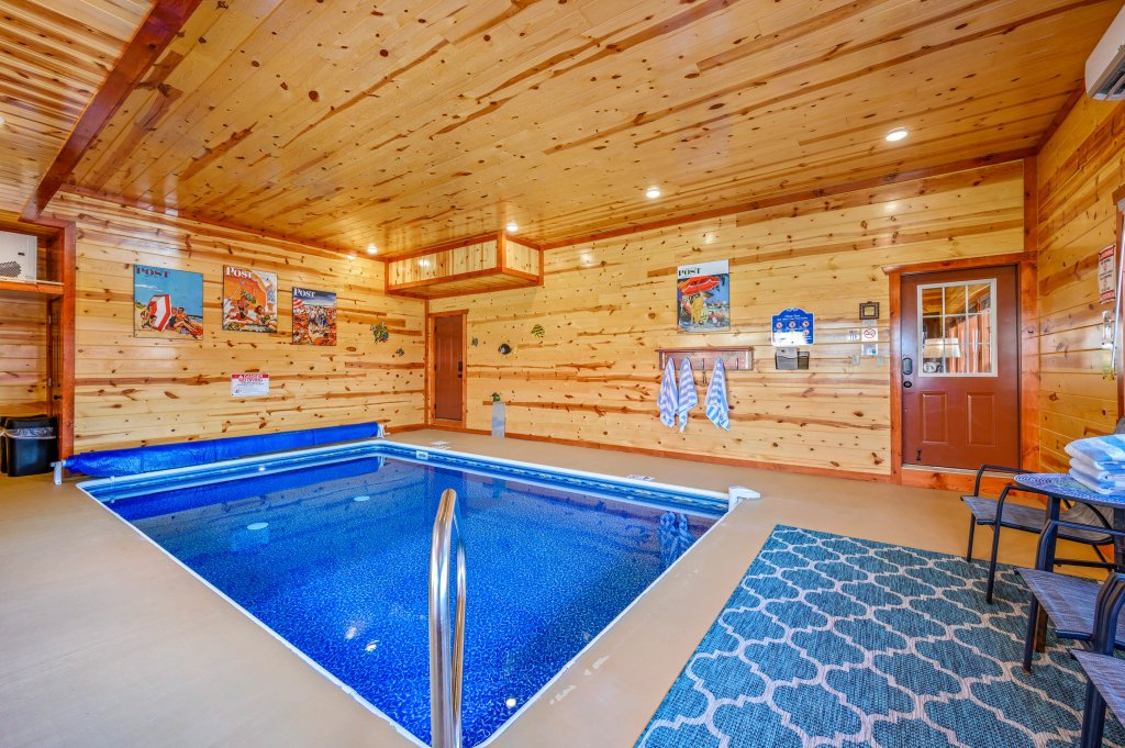 Photo of a Sevierville Cabin named Lazy Bear Lodge - This is the twenty-second photo in the set.