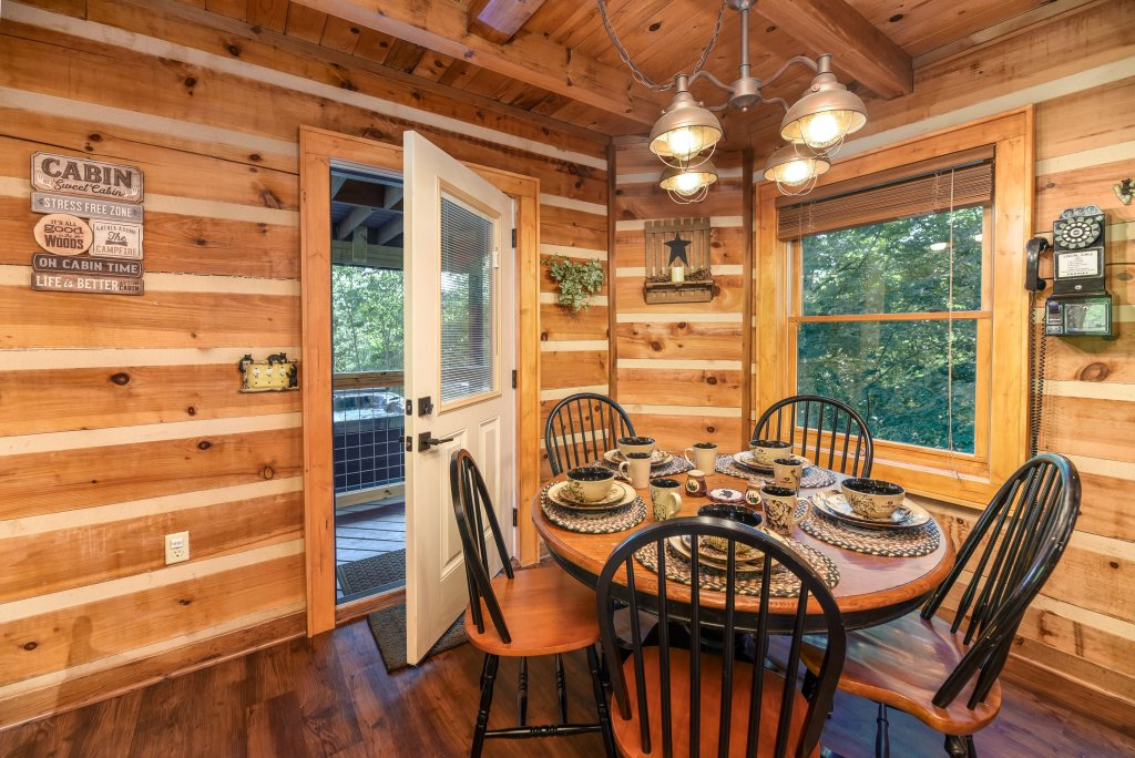 Photo of a Gatlinburg Cabin named Big Sky View - This is the fifty-eighth photo in the set.