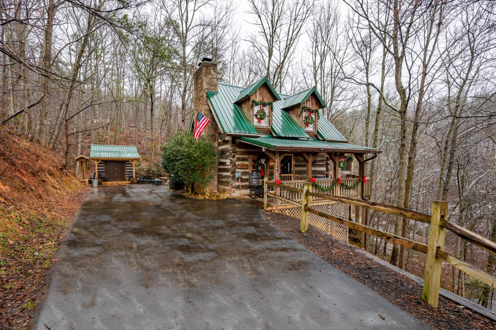 Photo of a Gatlinburg Cabin named Blessed Beyond Measure - This is the sixteenth photo in the set.