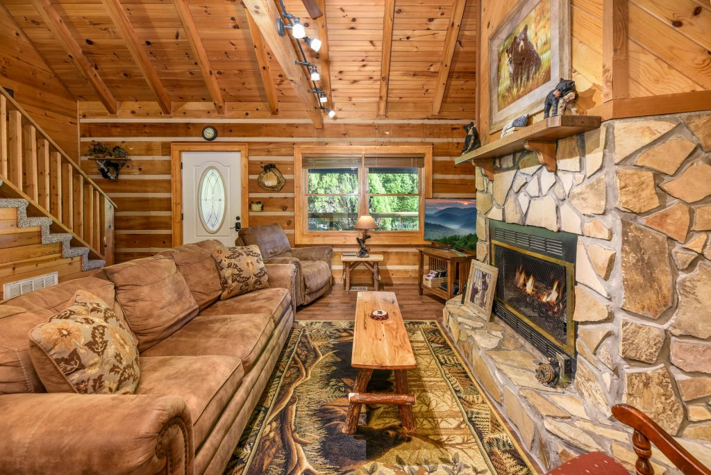 Photo of a Gatlinburg Cabin named Big Sky View - This is the fifty-seventh photo in the set.