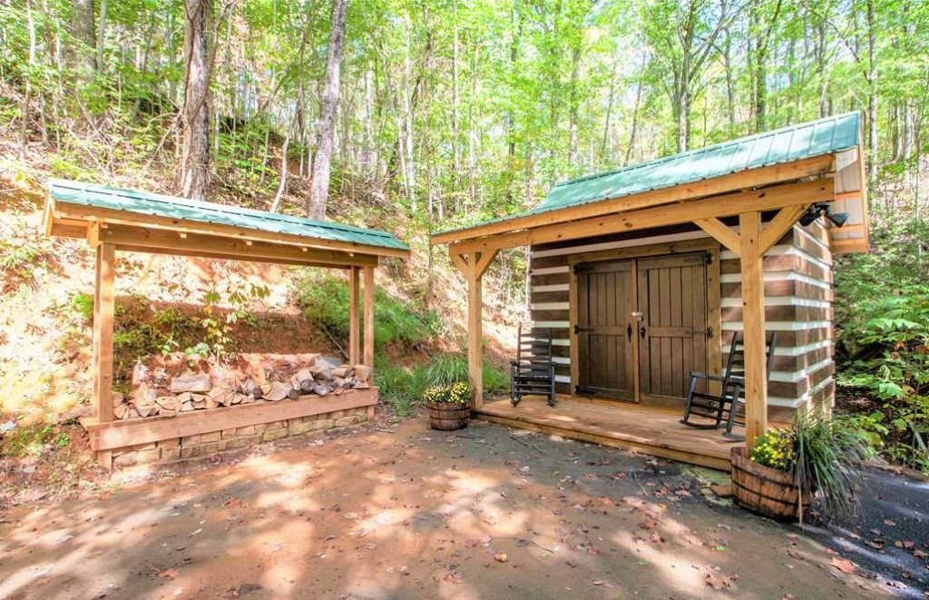 Photo of a Gatlinburg Cabin named Blessed Beyond Measure - This is the seventeenth photo in the set.