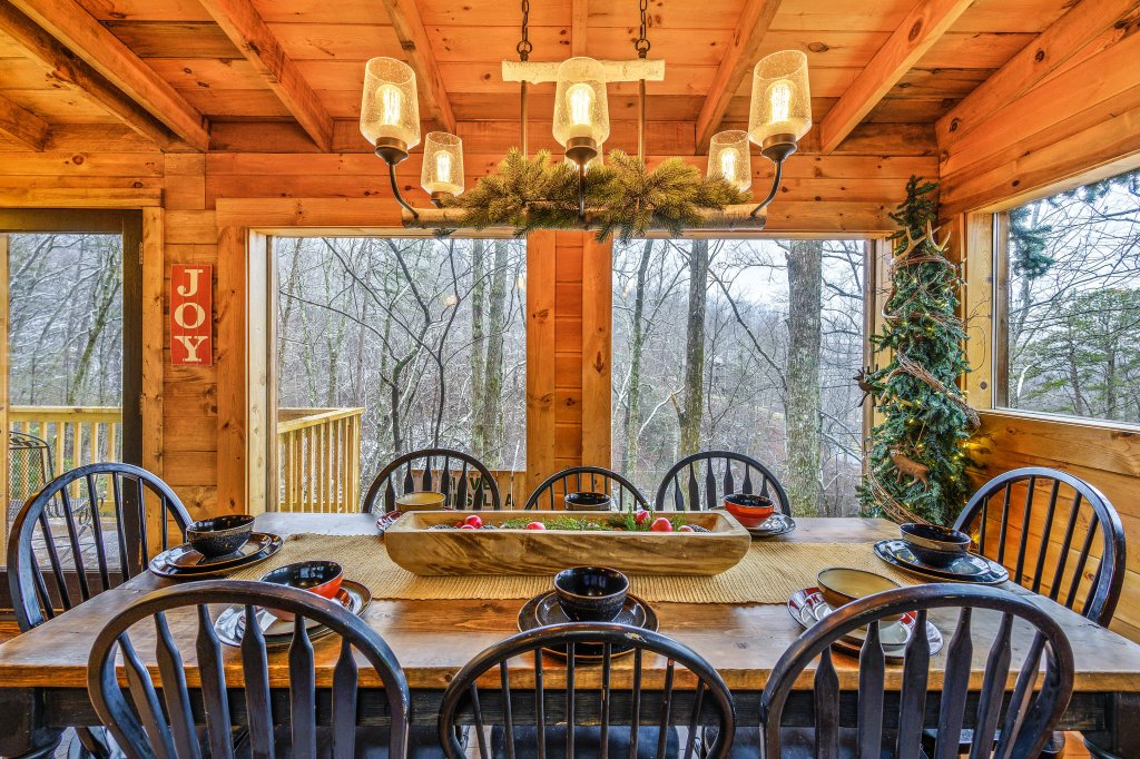 Photo of a Gatlinburg Cabin named Blessed Beyond Measure - This is the nineteenth photo in the set.