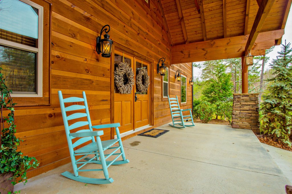 Photo of a Sevierville Cabin named Hackberry Lodge - This is the twenty-second photo in the set.