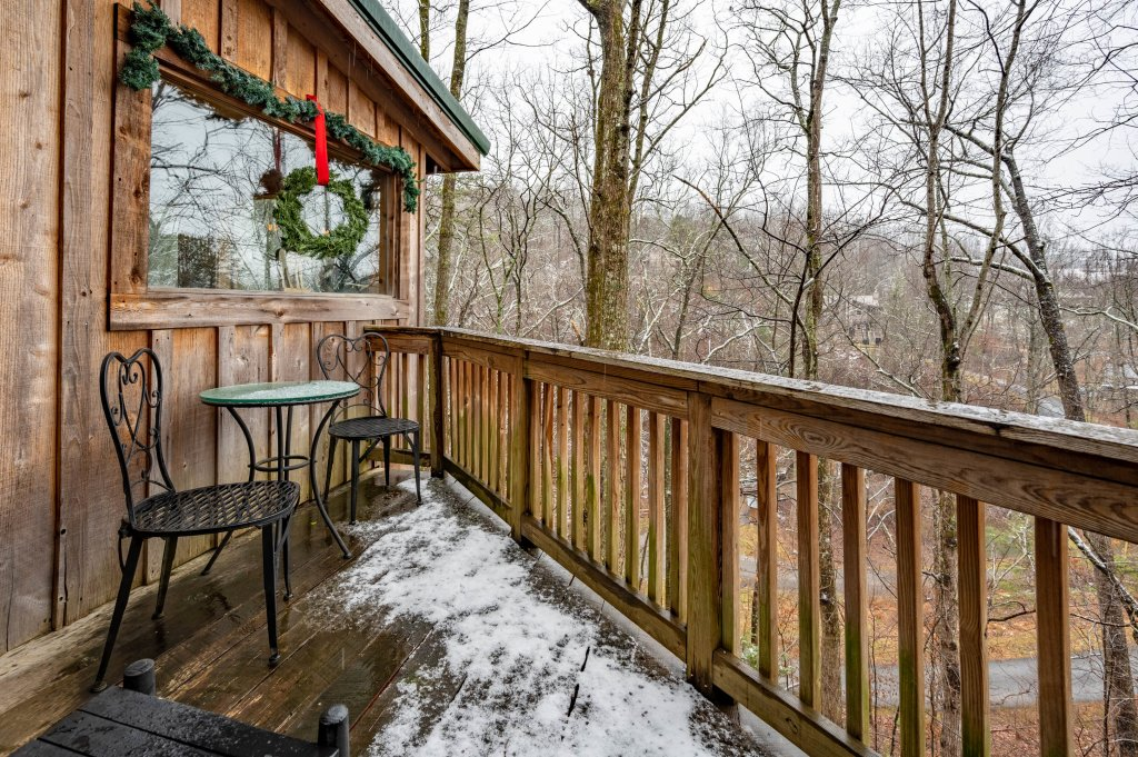 Photo of a Gatlinburg Cabin named Blessed Beyond Measure - This is the thirty-second photo in the set.