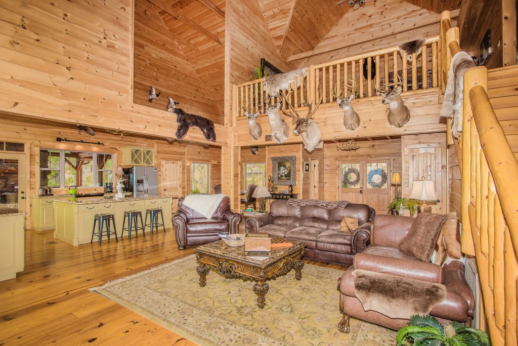 Photo of a Sevierville Cabin named Hackberry Lodge - This is the twelfth photo in the set.