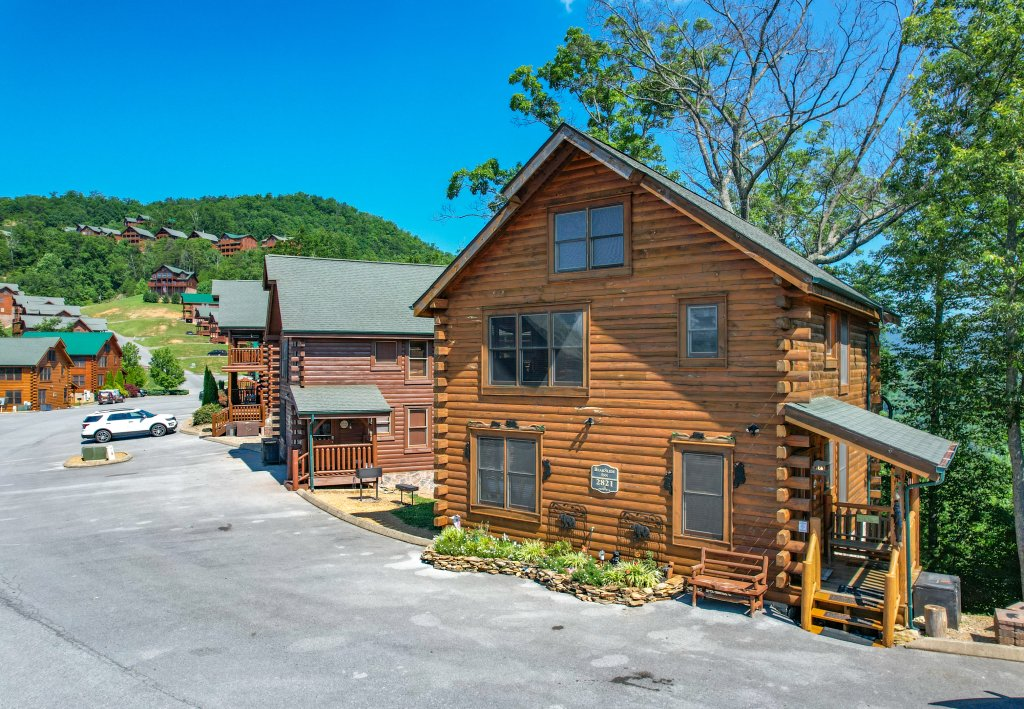 Photo of a Sevierville Cabin named Bearslide Inn - This is the fifty-ninth photo in the set.