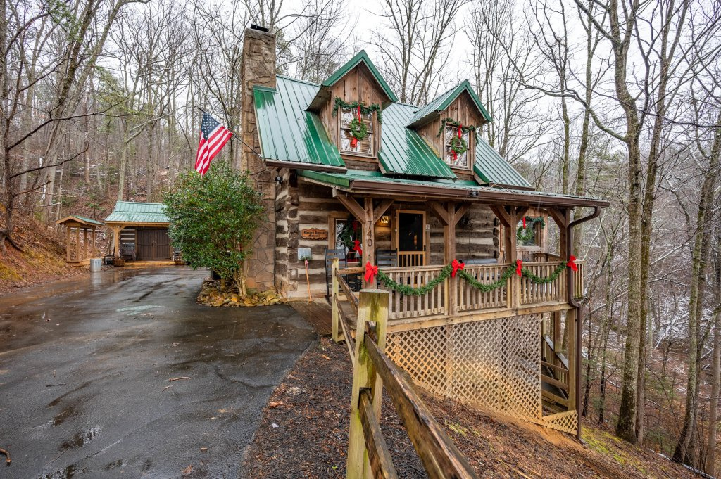 Photo of a Gatlinburg Cabin named Blessed Beyond Measure - This is the sixty-eighth photo in the set.