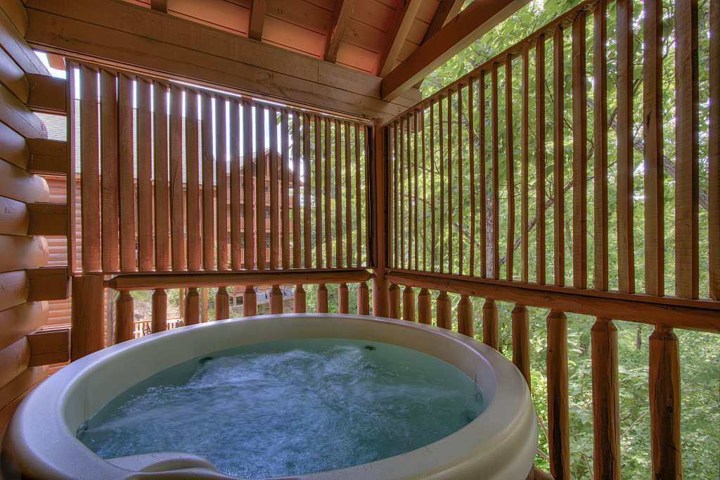 Photo of a Sevierville Cabin named Smoky Pool Paradise #1854 - This is the third photo in the set.