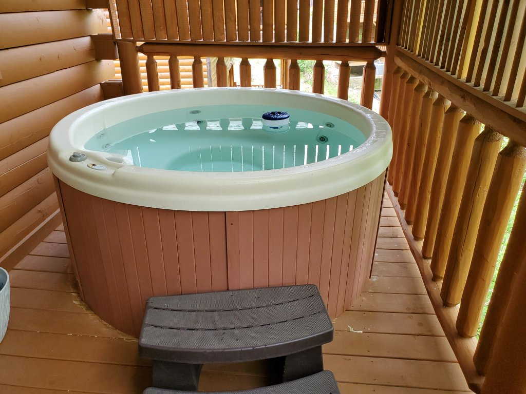 Photo of a Sevierville Cabin named Smoky Pool Paradise #1854 - This is the fifty-fourth photo in the set.