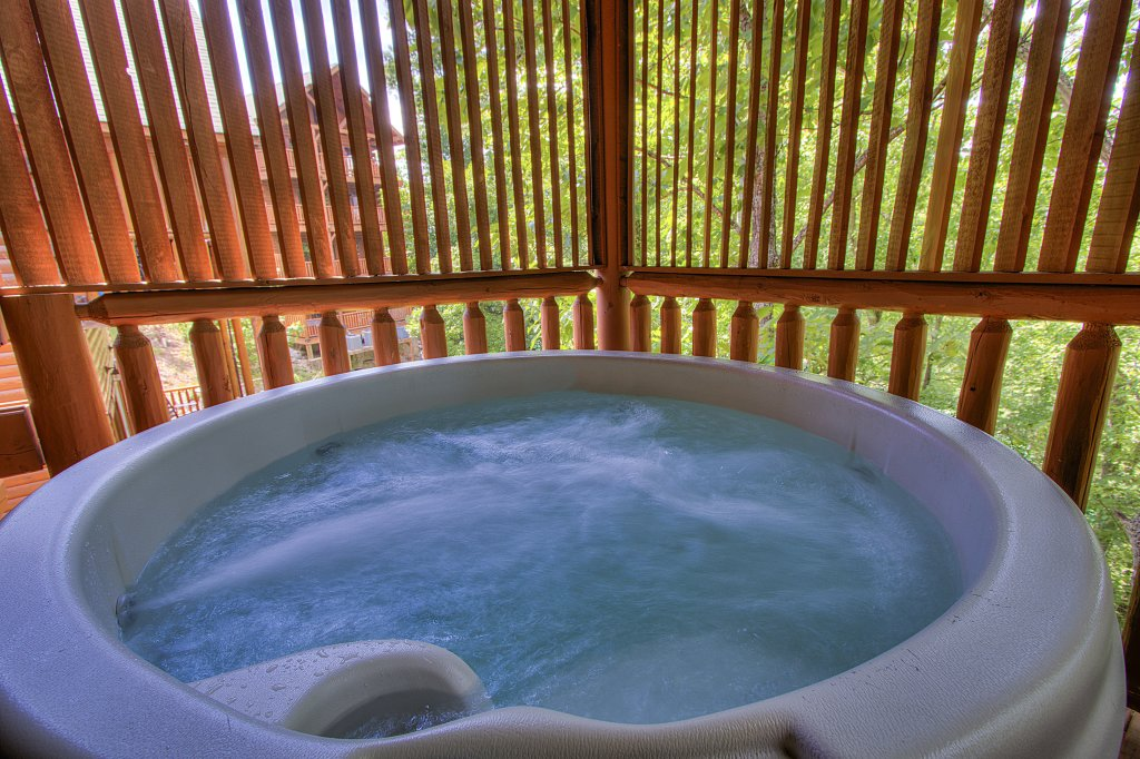 Photo of a Sevierville Cabin named Smoky Pool Paradise #1854 - This is the twenty-ninth photo in the set.