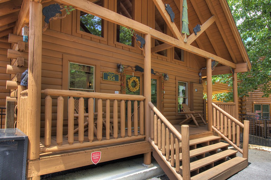 Photo of a Sevierville Cabin named Smoky Pool Paradise #1854 - This is the thirty-fifth photo in the set.