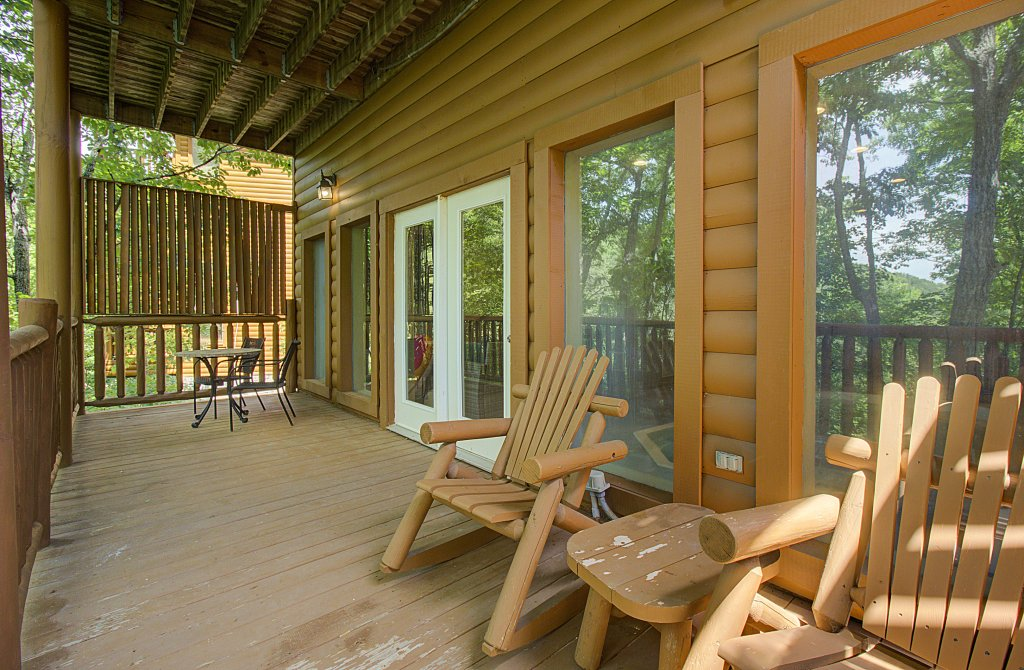 Photo of a Sevierville Cabin named Smoky Pool Paradise #1854 - This is the fifty-first photo in the set.