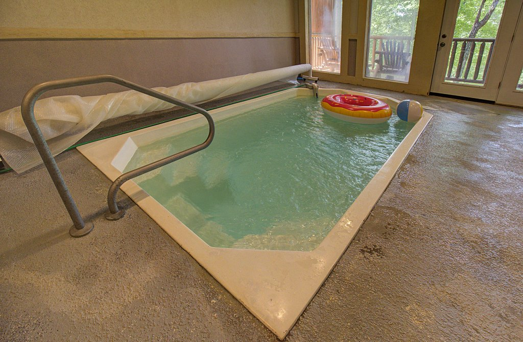 Photo of a Sevierville Cabin named Smoky Pool Paradise #1854 - This is the fifty-seventh photo in the set.