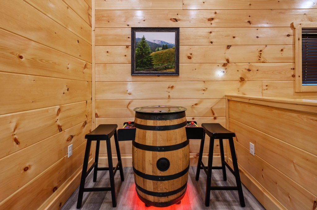 Photo of a Sevierville Cabin named Firefly Escape - This is the tenth photo in the set.