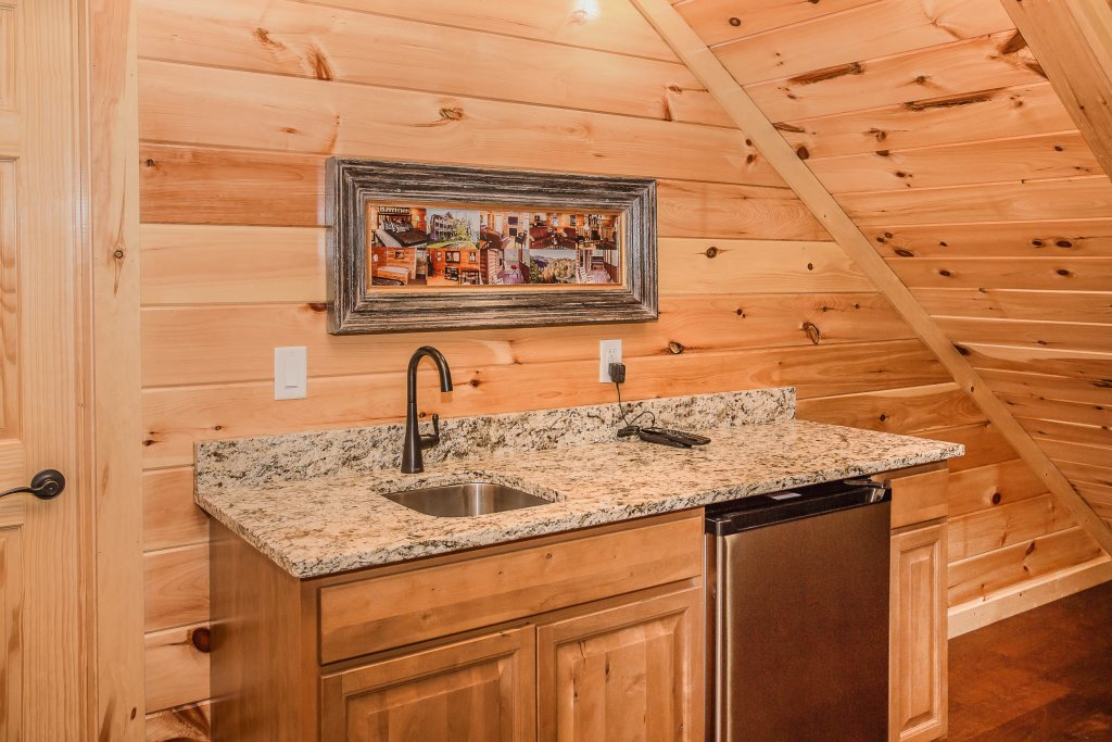 Photo of a Gatlinburg Cabin named Damron's Dream - This is the twelfth photo in the set.