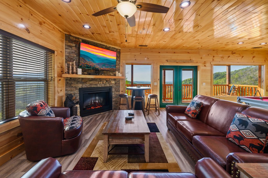 Photo of a Sevierville Cabin named Firefly Escape - This is the thirtieth photo in the set.