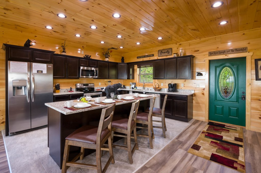 Photo of a Sevierville Cabin named Firefly Escape - This is the sixty-first photo in the set.