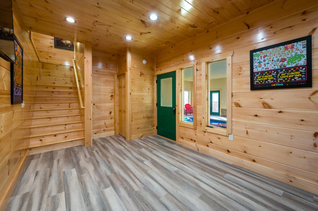 Photo of a Sevierville Cabin named Firefly Escape - This is the seventy-eighth photo in the set.