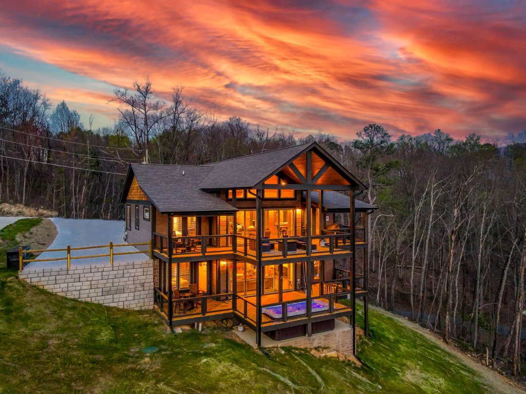 Photo of a Gatlinburg Cabin named Pine Top Paradise - This is the ninetieth photo in the set.