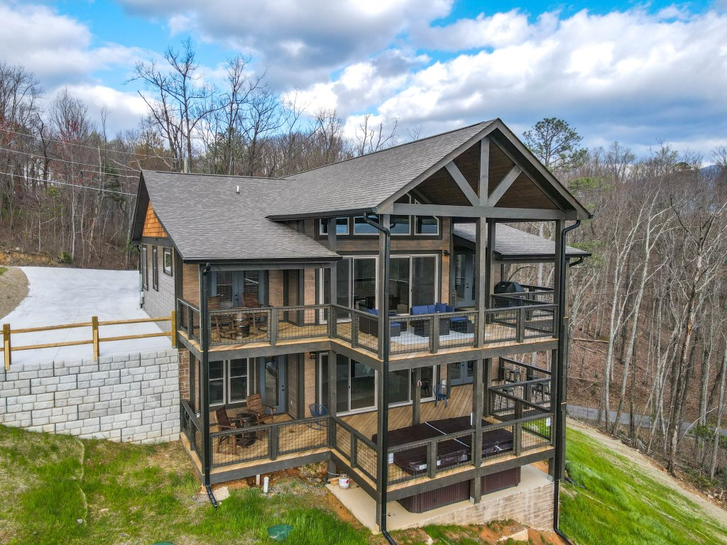 Photo of a Gatlinburg Cabin named Pine Top Paradise - This is the ninety-fourth photo in the set.