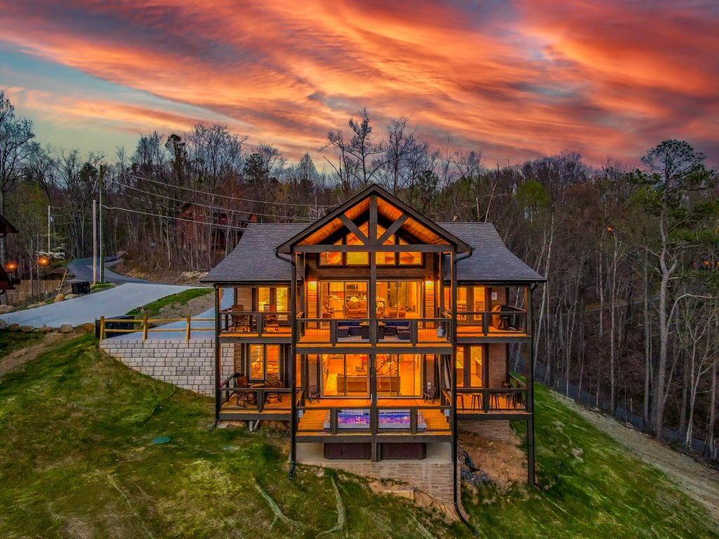 Photo of a Gatlinburg Cabin named Pine Top Paradise - This is the ninety-second photo in the set.