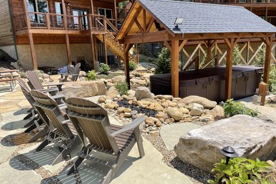 Free Attractions! Waterfall, Outdoor Firepit, Swim Spa, Game Room, 2 Hot Tubs