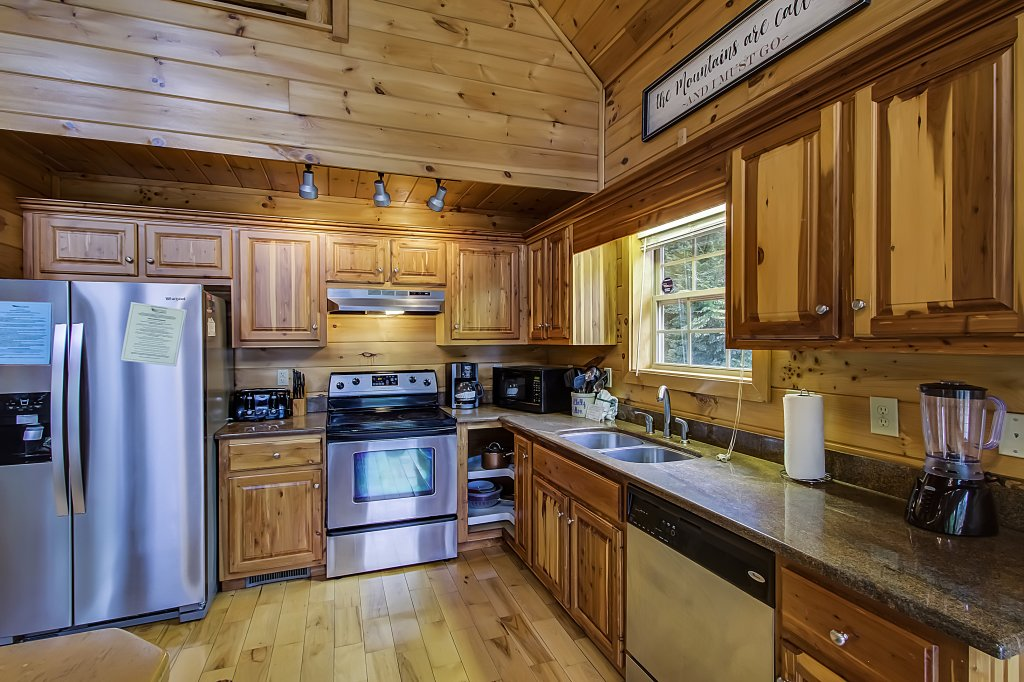 Photo of a Gatlinburg Cabin named Hillbilly Hilton #525 - This is the twenty-first photo in the set.