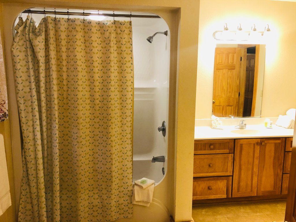 Photo of a Pigeon Forge Condo named Poplar Point Condo Unit 12a - This is the seventh photo in the set.