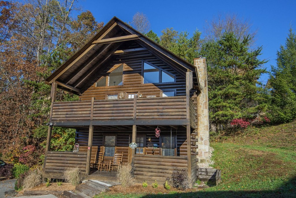 Photo of a Pigeon Forge Cabin named  Moose Manor - This is the first photo in the set.