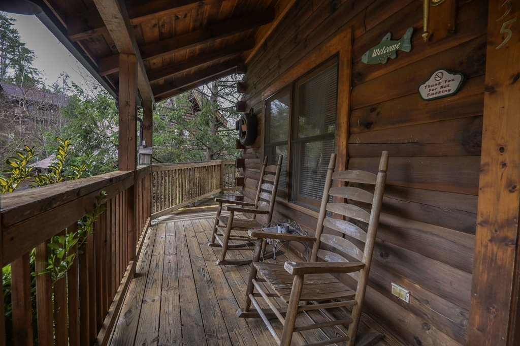 Photo of a Pigeon Forge Cabin named  Legacy Lodge - This is the seventeenth photo in the set.