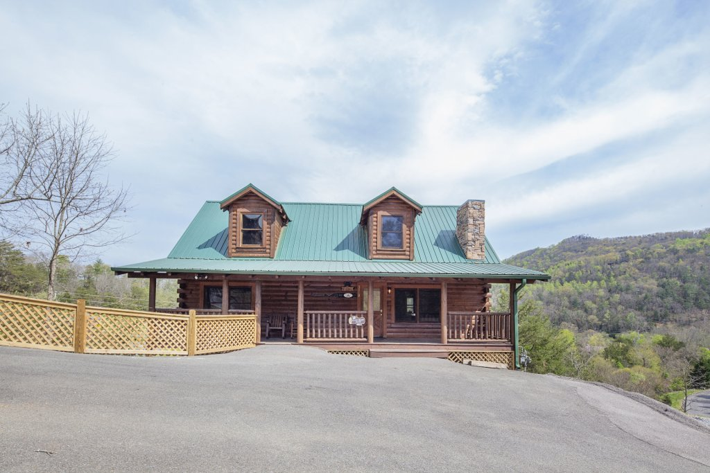 Photo of a Sevierville Cabin named  Black Beary Ridge - This is the eighth photo in the set.
