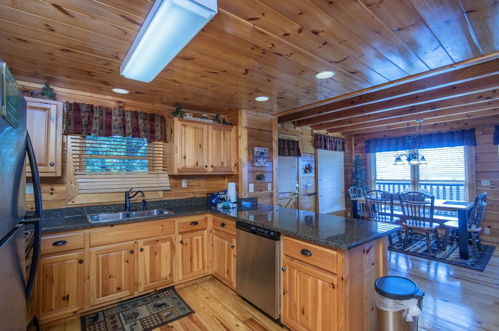 Photo of a Pigeon Forge Cabin named Majestic Mountain View - This is the fifteenth photo in the set.