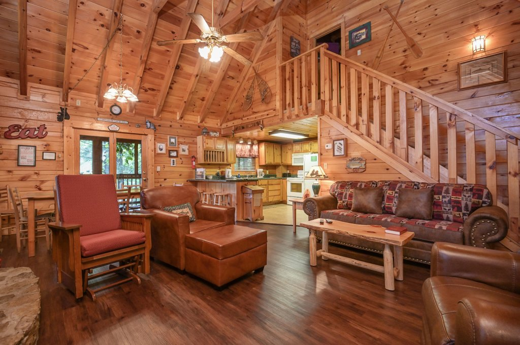 Photo of a Pigeon Forge Cabin named  Pirate's Cove - This is the sixth photo in the set.