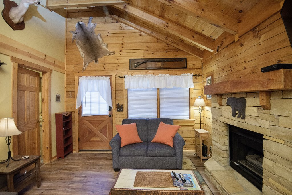 Photo of a Pigeon Forge Cabin named  Smoky Mountain Getaway - This is the fifth photo in the set.