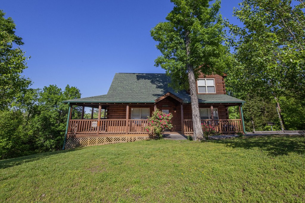 Photo of a Sevierville Cabin named Bear Hugs - This is the sixth photo in the set.