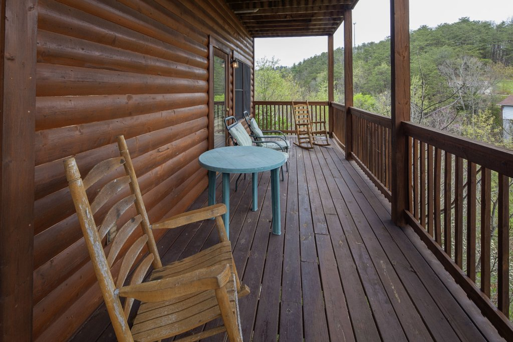 Photo of a Sevierville Cabin named  Black Beary Ridge - This is the thirteenth photo in the set.