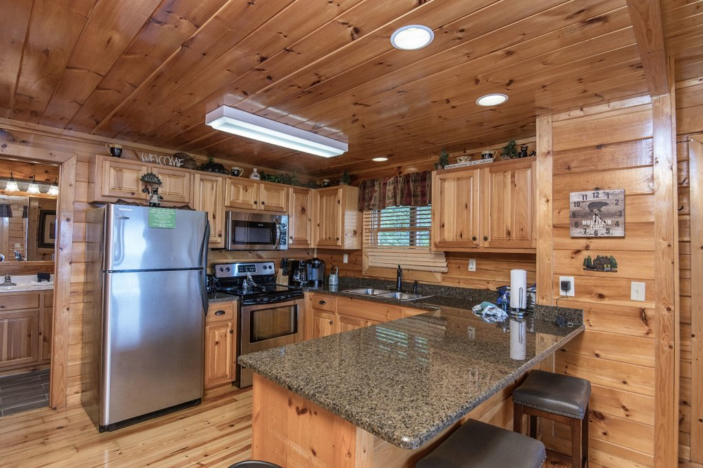 Photo of a Pigeon Forge Cabin named Majestic Mountain View - This is the twelfth photo in the set.