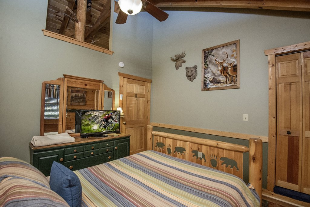 Photo of a Pigeon Forge Cabin named  Smoky Mountain Getaway - This is the ninth photo in the set.