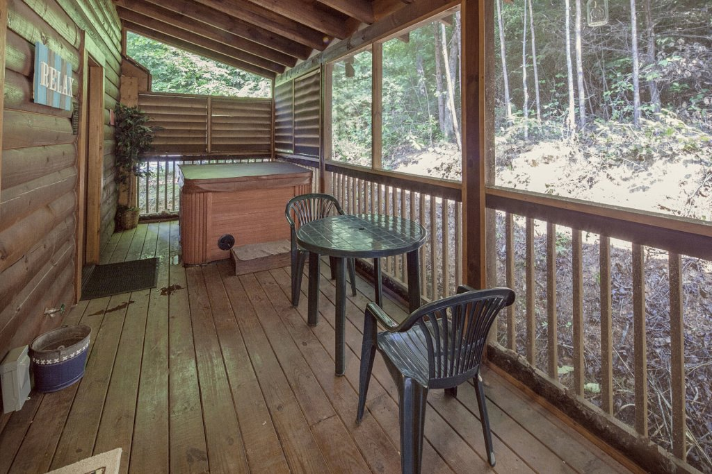Photo of a Pigeon Forge Cabin named  A Smoky Mountain Dream - This is the ninth photo in the set.