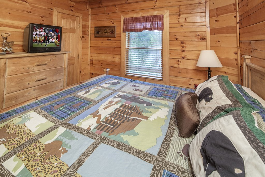 Photo of a Sevierville Cabin named  Black Beary Ridge - This is the twenty-second photo in the set.