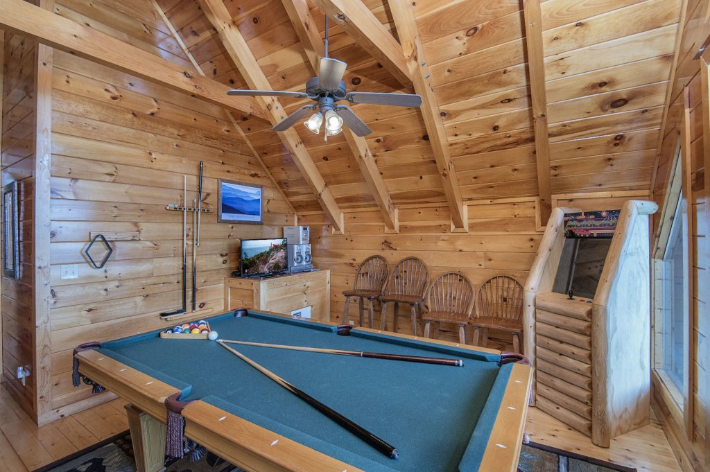 Photo of a Pigeon Forge Cabin named Majestic Mountain View - This is the seventeenth photo in the set.