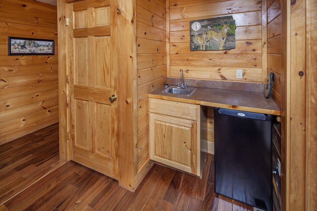 Photo of a Sevierville Cabin named  Black Beary Ridge - This is the thirty-sixth photo in the set.