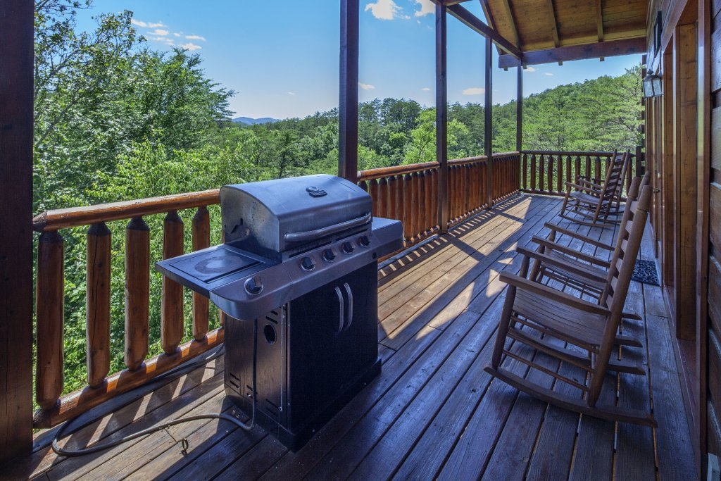Photo of a Sevierville Cabin named  Simply The Best - This is the sixteenth photo in the set.