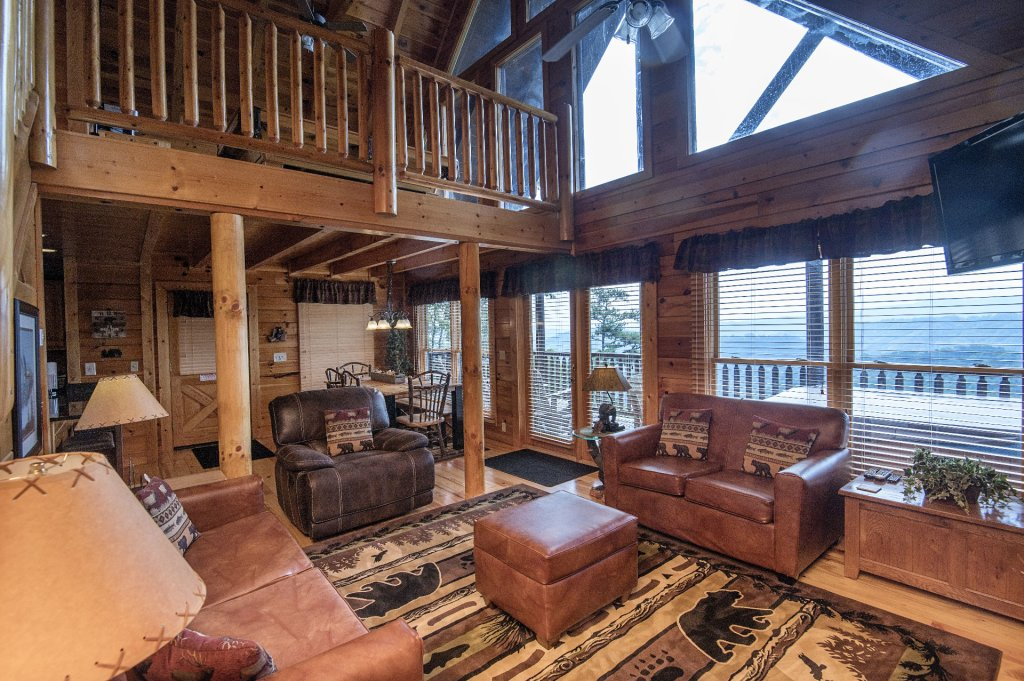 Photo of a Pigeon Forge Cabin named Majestic Mountain View - This is the fifth photo in the set.